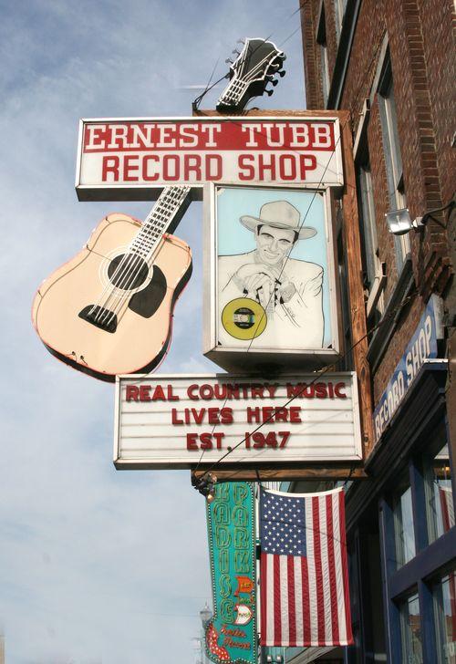 Nashville_Blog_Tubb