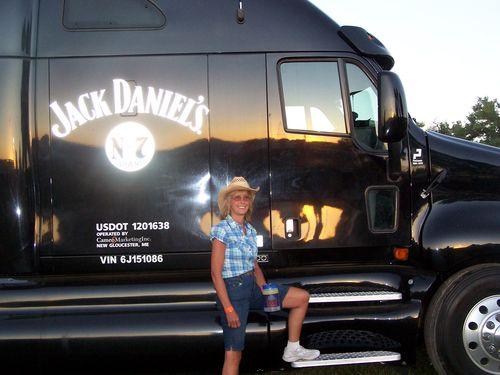 CJ_1pJoan-truck
