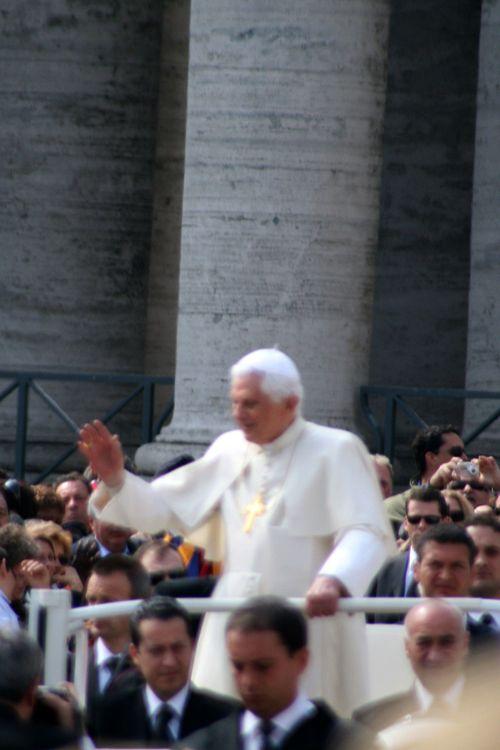 Pope_1npope