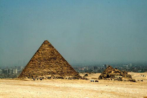Pyramid_1h