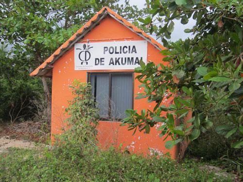 AK_Policia_1