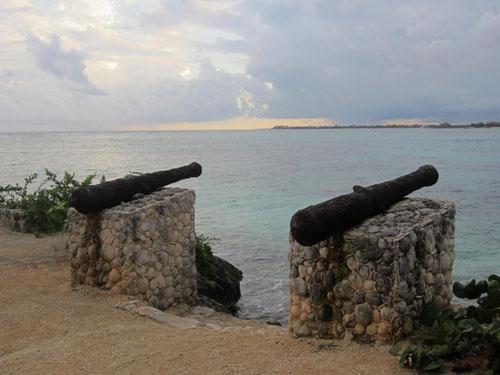 AK_Cannons_1