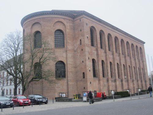 Trier (99)