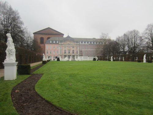 Trier (107)